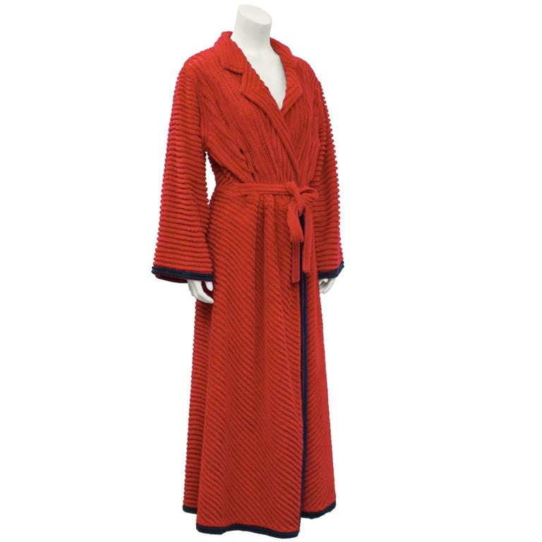 1950's Red Chenille Robe With Peacock 3