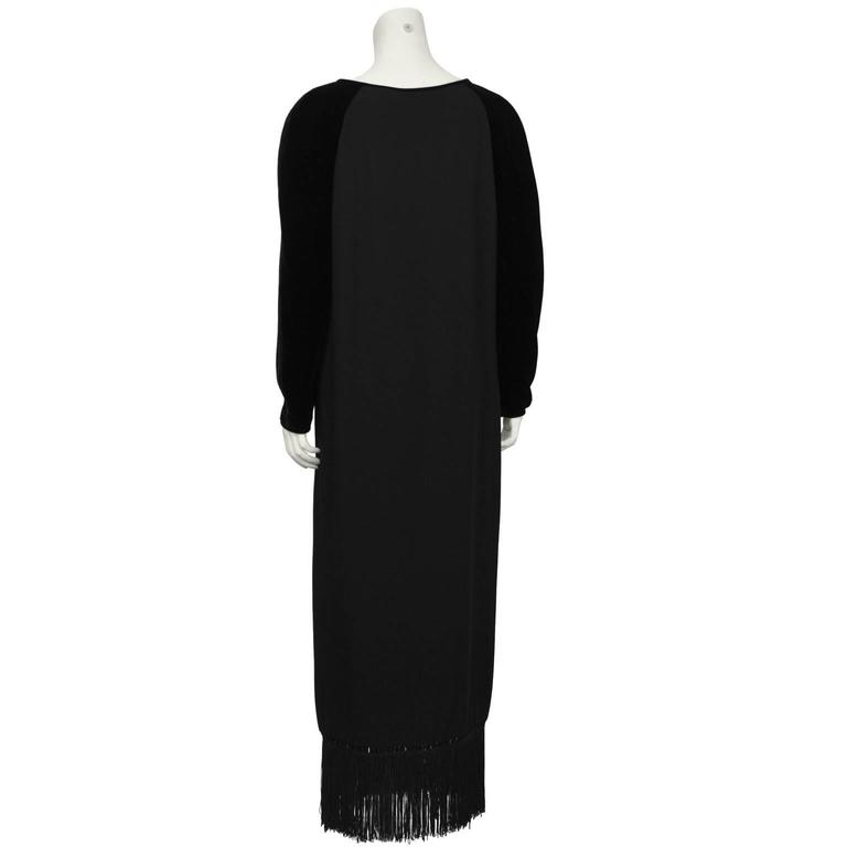 1980's Valentino Black Velvet and Crepe Gown  In Excellent Condition For Sale In Toronto, Ontario
