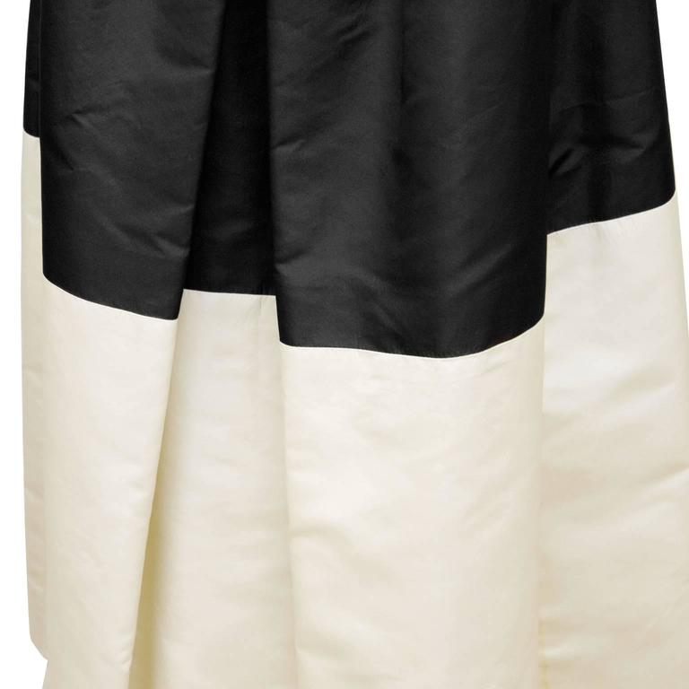 Women's Pauline Trigere Early 1960's Black and Cream Silk Taffeta Strapless Gown For Sale