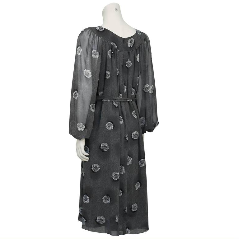 1970's Hanae Mori Gray Chiffon Floral Print Dress In Excellent Condition For Sale In Toronto, Ontario