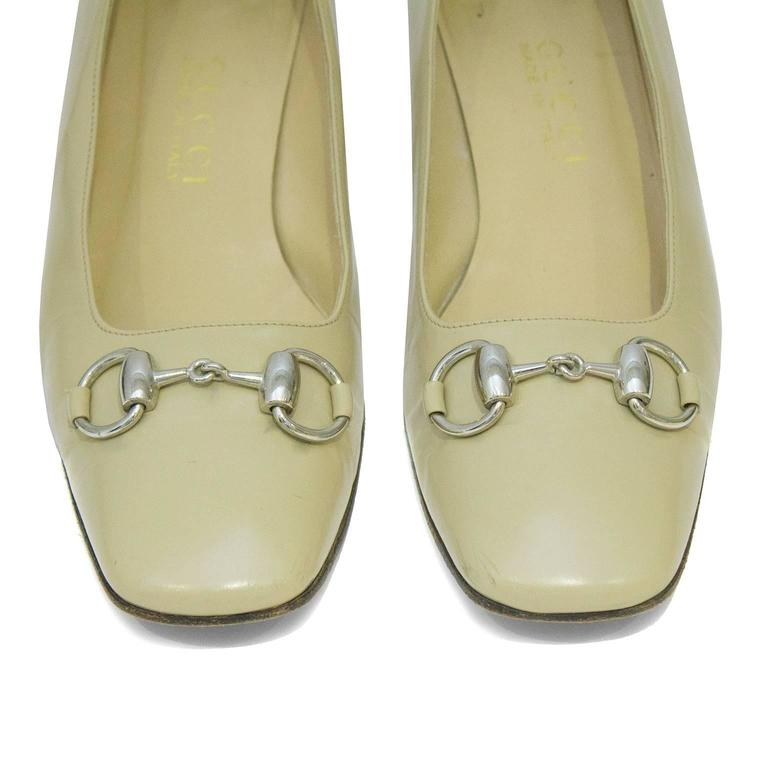 1990's Gucci Beige Leather Low Heels with Silver Horsebit 3