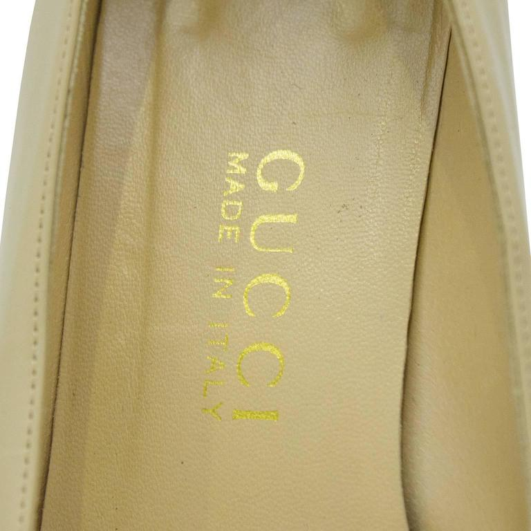 1990's Gucci Beige Leather Low Heels with Silver Horsebit 4