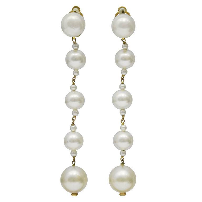 1980 S Chanel Pearl Drop Earrings For