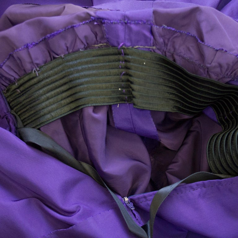 Late 1950s Capucci Haute Couture Purple Silk Cocktail Dress with Dramatic Cape For Sale 8