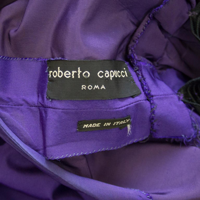 Late 1950s Capucci Haute Couture Purple Silk Cocktail Dress with Dramatic Cape For Sale 9