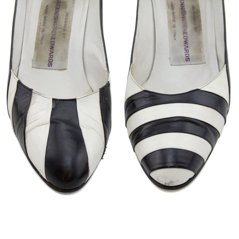 Late 1980s Susan Bennis Warren Edwards Black and White Striped pumps In Good Condition For Sale In Toronto, Ontario