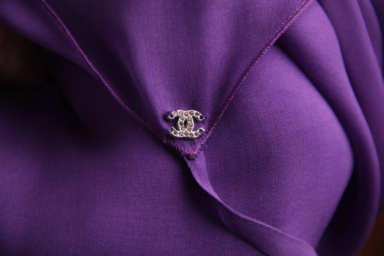 CHANEL 2003 Purple Silk Chiffon ASYMMETRICAL Hem LONG DRESS w/ Stole SIZE 40 FR 7
