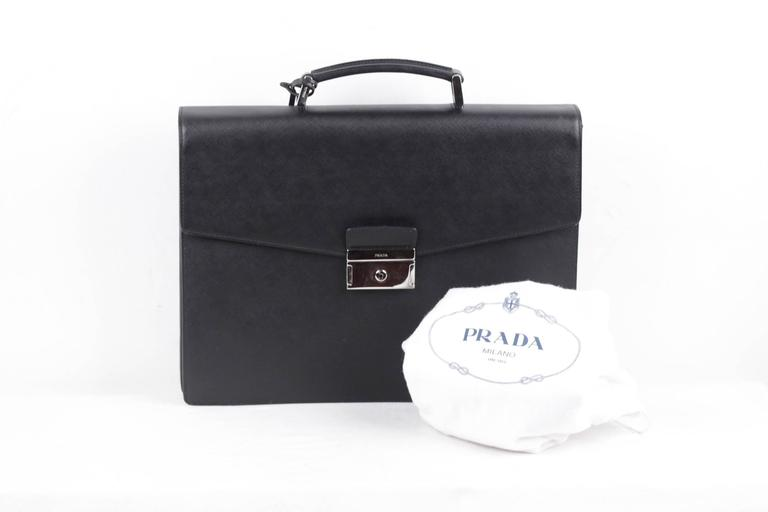 8ddee6f5d 2VB006 - Saffiano leather briefcase - Polished steel hardware - Leather  lining -