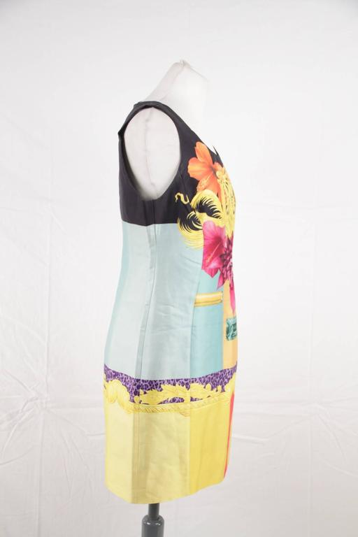 Versace Multicolor Print Cotton and Silk Sleeveless Sheath Dress Size 42 3