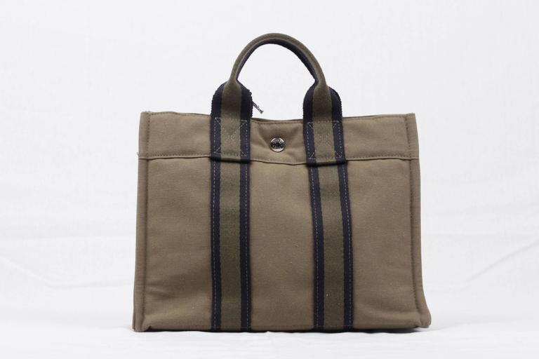 b21586ca9 HERMES PARIS Green Cotton Canvas FOURRE TOUT PM Handbag TOTE Bag ...