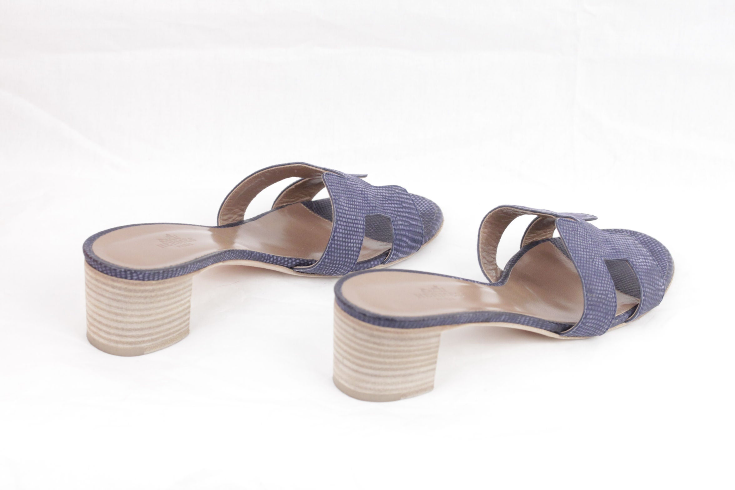 f5c9a1651eeb HERMES PARIS Light Blue OASIS SANDALS Shoes SLIDES Size 36 w/ BOX at 1stdibs