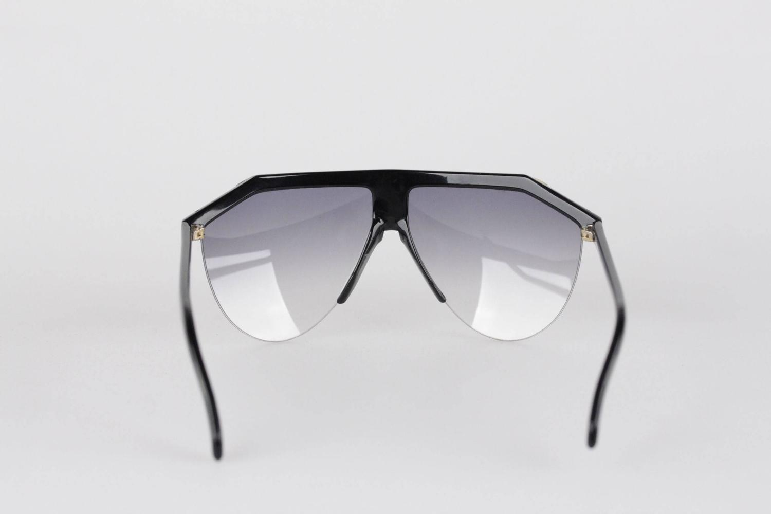 dcb3ffa6d38 Vintage Versace Sunglasses For Sale