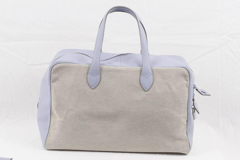 BATTISTONI Beige Canvas & Light Blue Leather TRAVEL BAG Carry On WEEKENDER In Excellent Condition For Sale In Rome, IT