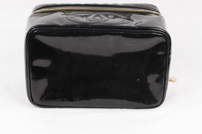 9ede35c6dbd8 CHANEL Black Patent Leather COSMETIC BAG Vanity Case HANDBAG Purse For Sale  3
