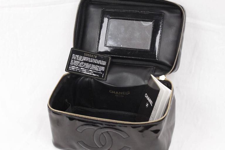 530cc045481c CHANEL Black Patent Leather COSMETIC BAG Vanity Case HANDBAG Purse For Sale  4
