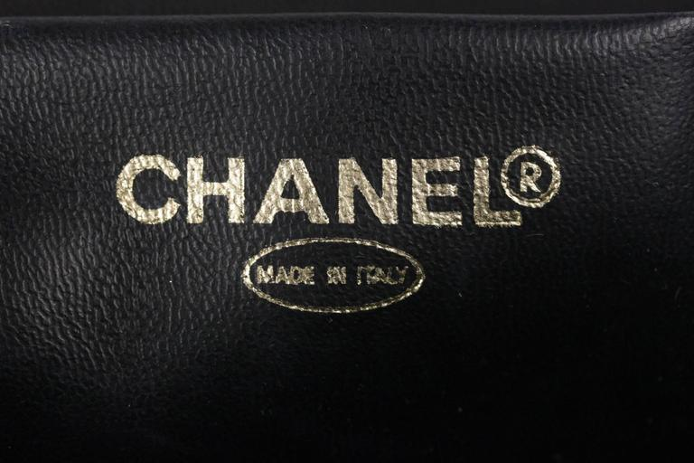 bf12656a8f4d CHANEL Black Patent Leather COSMETIC BAG Vanity Case HANDBAG Purse For Sale  5