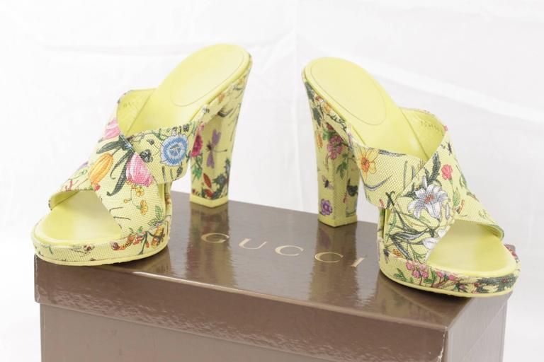 Gucci Green Floral Fabric Heeled Sandals Shoes Pumps Size