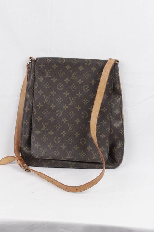 40395114bf5a LOUIS VUITTON Monogram Canvas MUSETTE Shoulder Bag FLAP PURSE ...