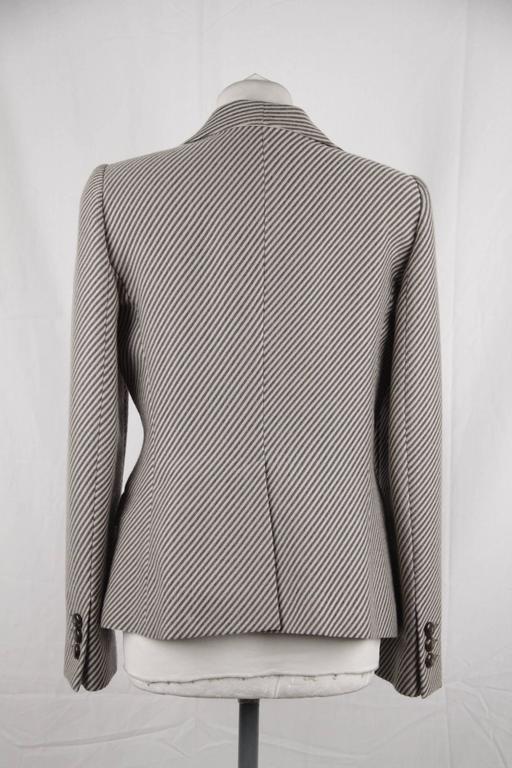 ARMANI COLLEZIONI Striped Wool & Cashmere BLAZER Jacket SIZE 44 In Good Condition For Sale In Rome, Rome