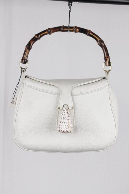 GUCCI Vintage RARE White Leather SEA SHELL HANDBAG Bamboo Bag In Excellent Condition For Sale In Rome, Rome