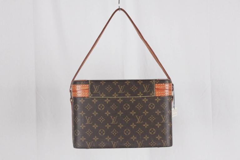 LOUIS VUITTON Vintage Brown MONOGRAM Canvas Travel Bag TRAIN CASE Beauty For Sale 1