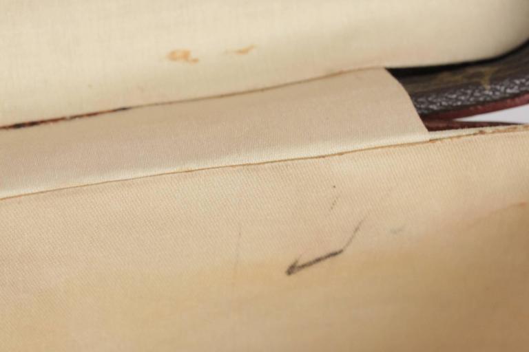 LOUIS VUITTON Vintage Brown MONOGRAM Canvas Travel Bag TRAIN CASE Beauty For Sale 4