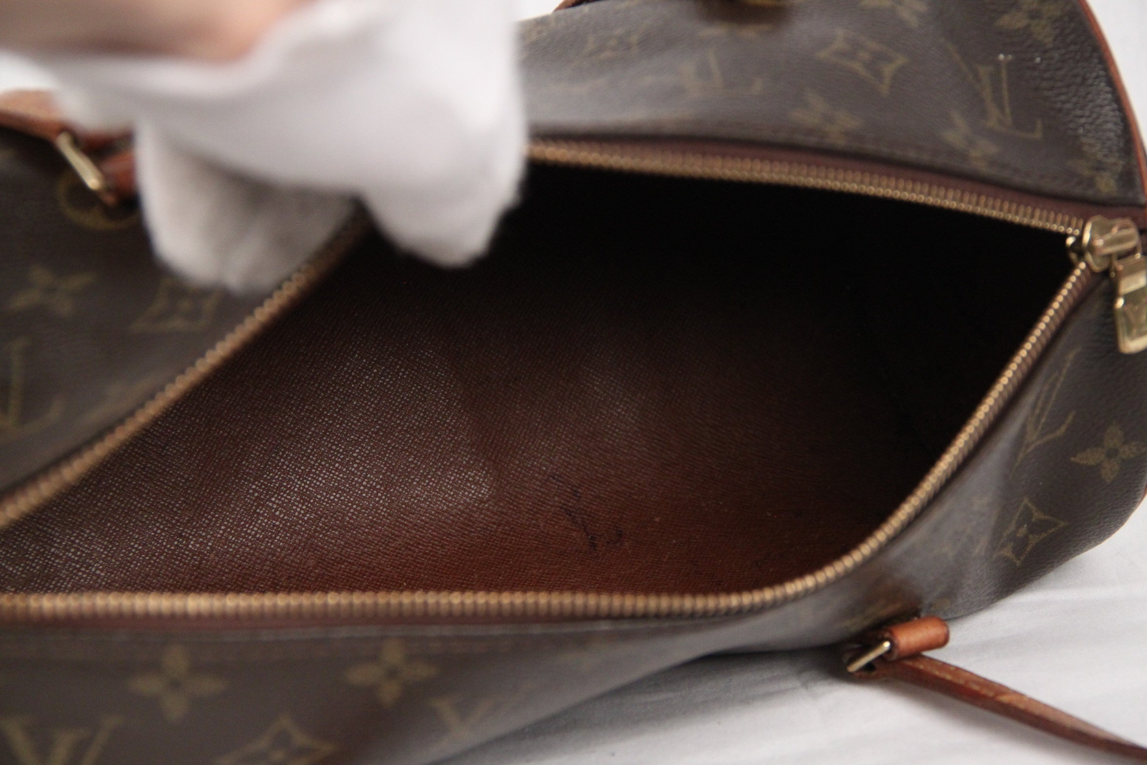 LOUIS VUITTON Brown Monogram Canvas PAPILLON 30 Handbag at 1stdibs 0ed8e4455d94c