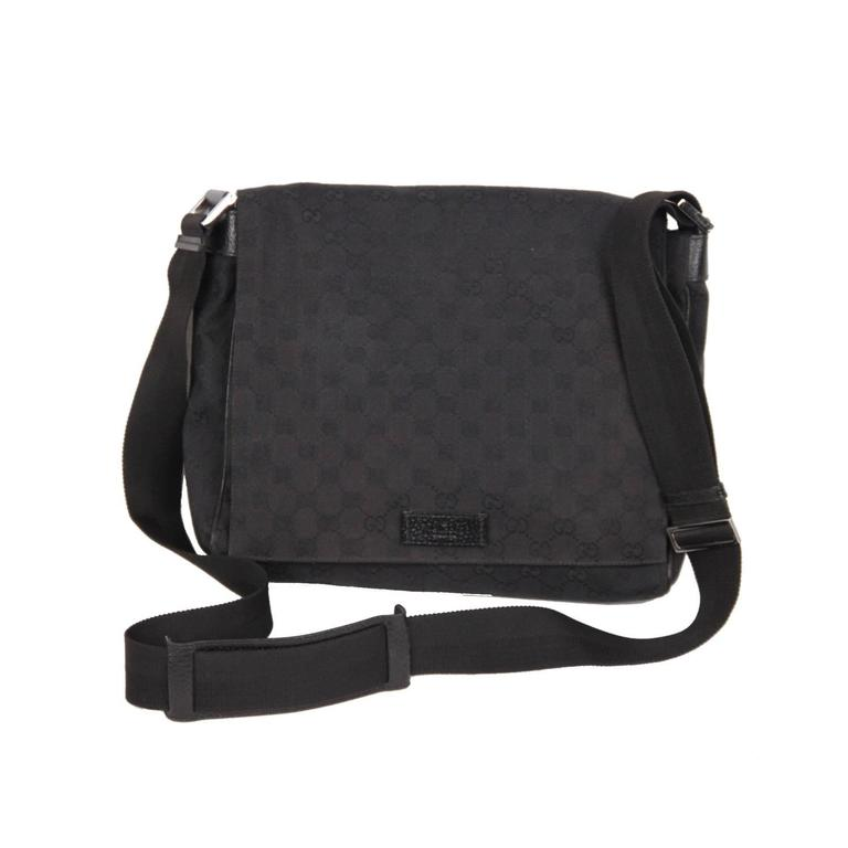 6ebeffb9230 Black canvas messenger bag with all-over GG - GUCCI monogram canvas -  Adjustable