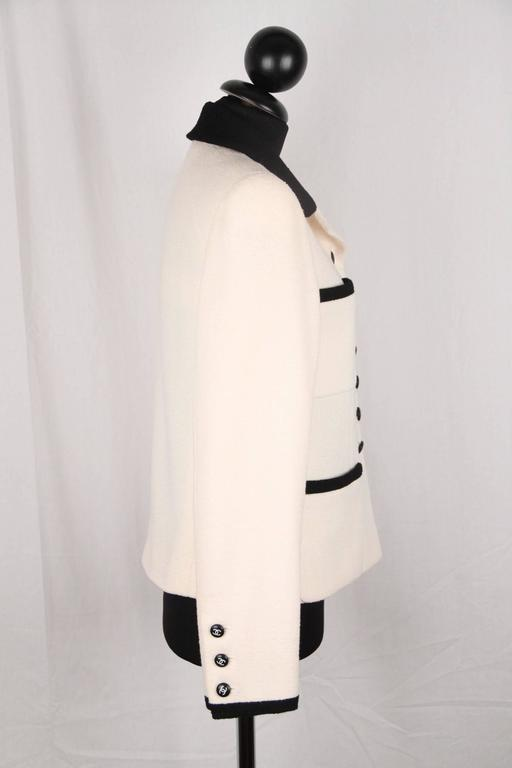 CHANEL BOUTIQUE 96P White & Black Wool Blend JACKET Blazer SIze 38 In Good Condition For Sale In Rome, IT