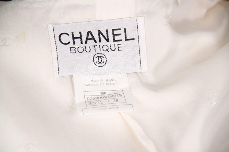 CHANEL BOUTIQUE 96P White & Black Wool Blend JACKET Blazer SIze 38 For Sale 3