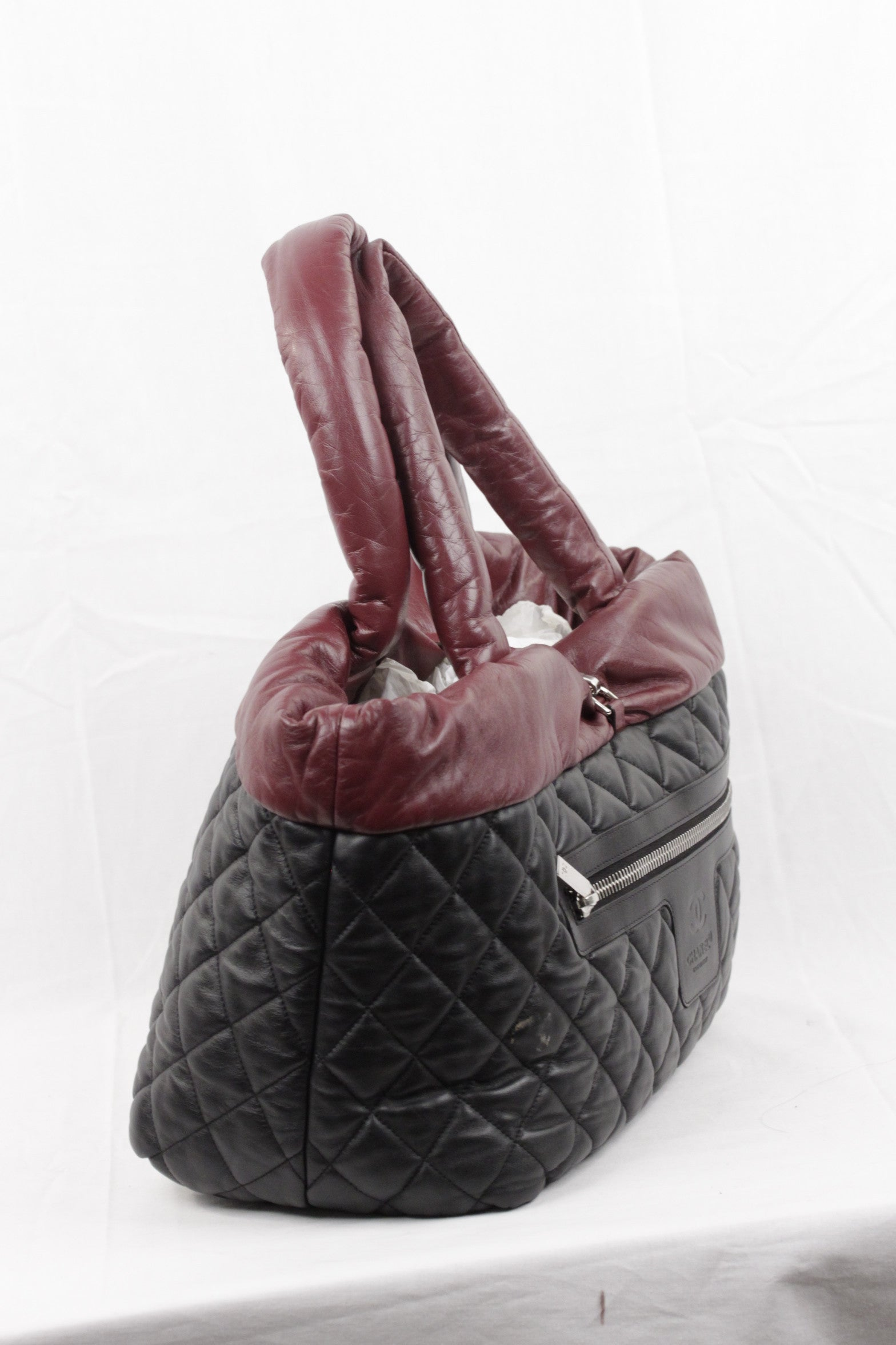 1e6664c4207bfe Chanel Black/Burgundy Reversible Leather Coco Cocoon Tote Handbag For Sale  at 1stdibs