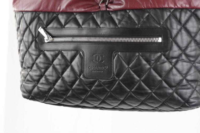 a5fbf2468 Chanel Black/Burgundy Reversible Leather Coco Cocoon Tote Handbag For Sale 1