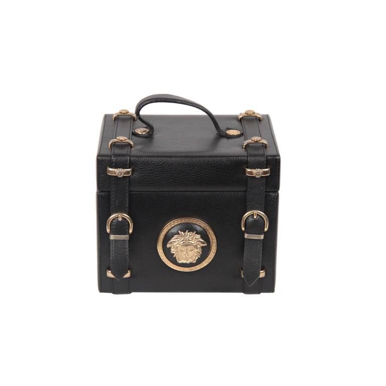 GIANNI VERSACE Vintage Black Leather MEDUSA TRAIN CASE Bag RARE For ... 2f6e5ccec3c07