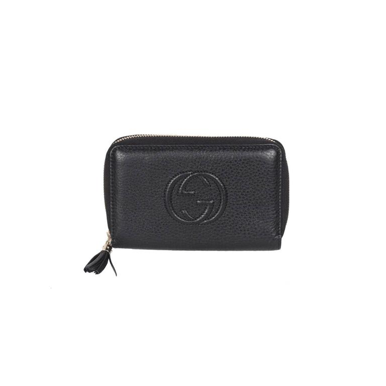 4fc8527a5 GUCCI Black Leather SOHO Zip Around WALLET Medium For Sale at 1stdibs