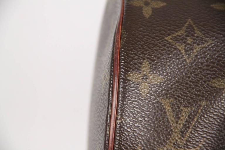 Women's Louis Vuitton Brown Monogram Canvas Papillon 30 Handbag For Sale
