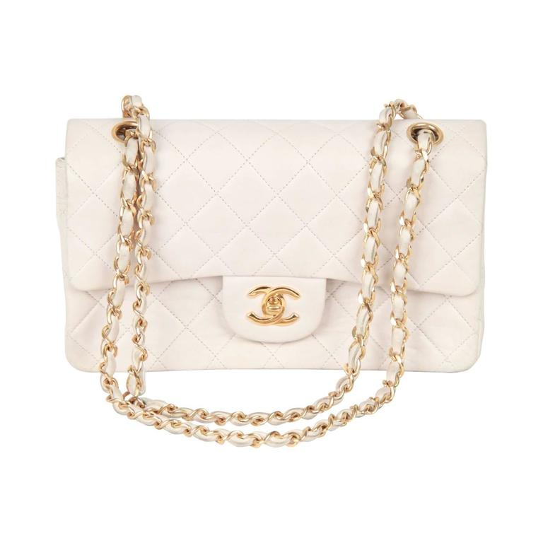 CHANEL Vintage 90s White QUILTED Leather DOUBLE FLAP BAG Small For Sale 2e2bbc7fea2b2