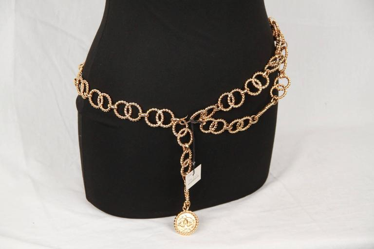 Women's Chanel Gold Metal ring Chain Necklace or belt with CC Medallion For Sale