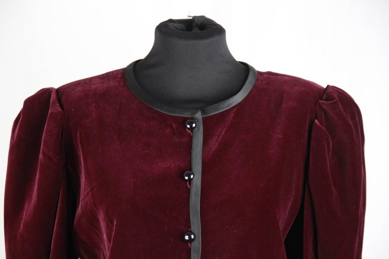 SAINT LAURENT Vintage Purple Velvet JACKET Size 44 2