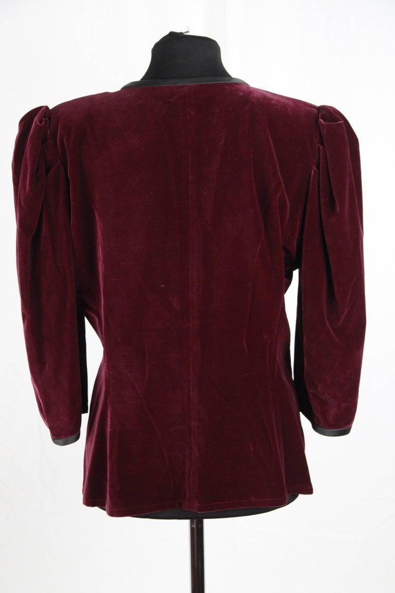 SAINT LAURENT Vintage Purple Velvet JACKET Size 44 4