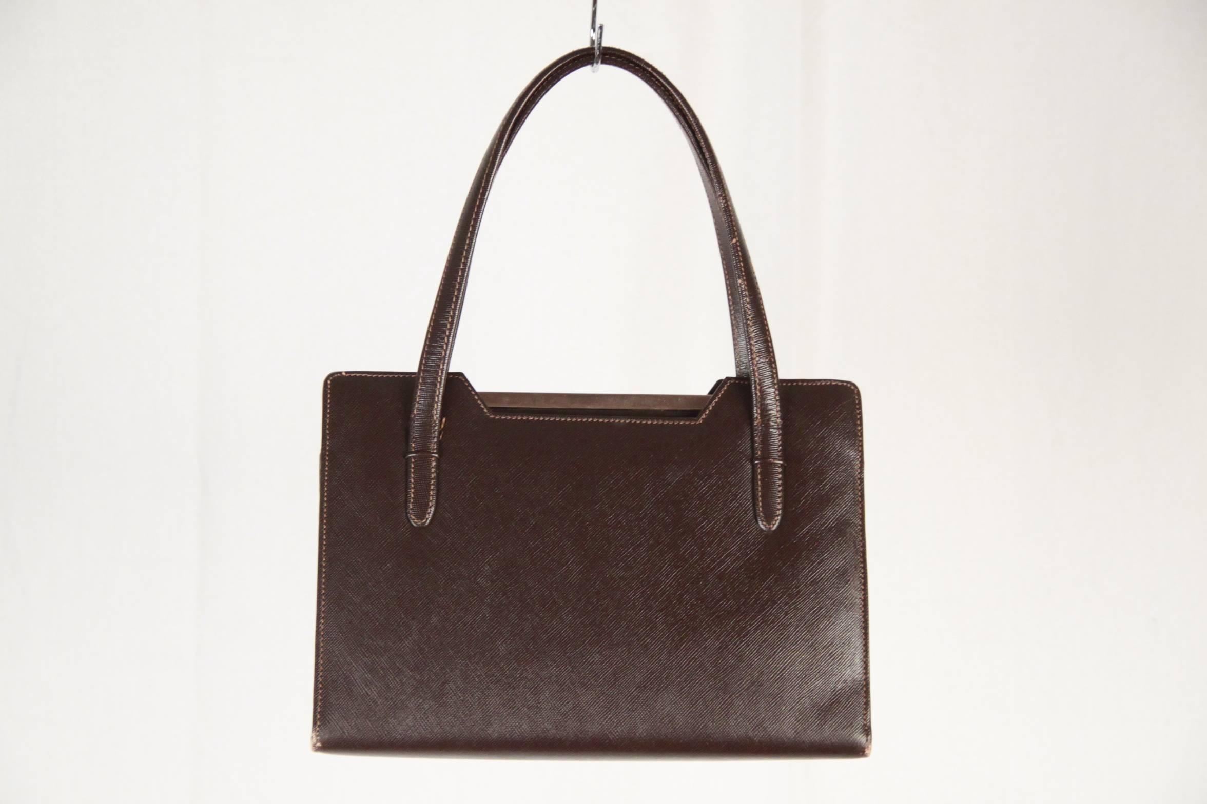 e1f87176efe Gucci Vintage Brown Leather Handbag Top Handles Bag at 1stdibs