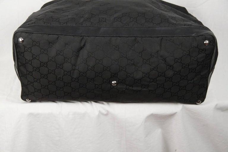 24145bc1131 Women s or Men s GUCCI Black GG MONOGRAM Canvas DUFFLE Travel Bag For Sale