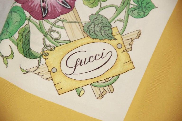 GUCCI VINTAGE Floral Silk SCARF Accornero TRALICCIO Trellis 1968 3