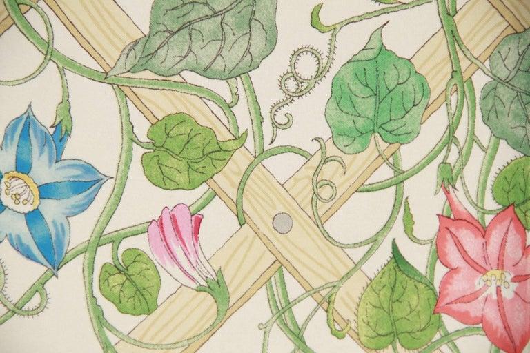 GUCCI VINTAGE Floral Silk SCARF Accornero TRALICCIO Trellis 1968 4