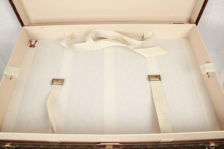 Women's or Men's LOUIS VUITTON Vintage Monogram Canvas ALZER 80 Travel Bag TRUNK For Sale