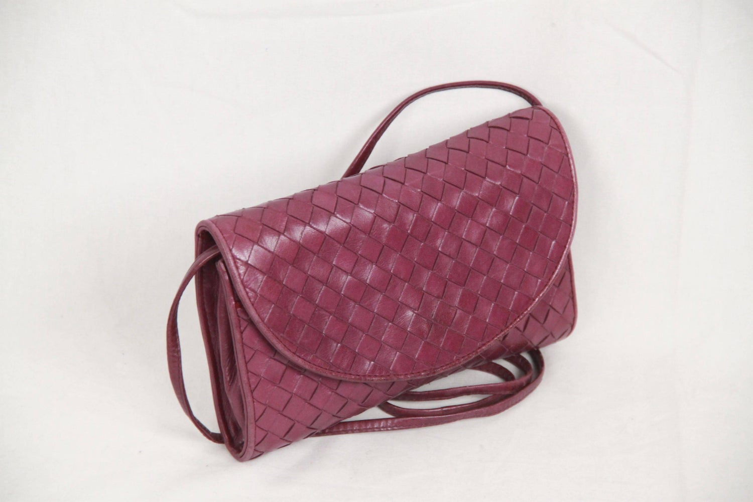 ... BOTTEGA VENETA Vintage Purple INTRECCIATO Leather SMALL MESSENGER BAG  For Sale at 1stdibs super popular c1d44 ... 182e2673a05e7