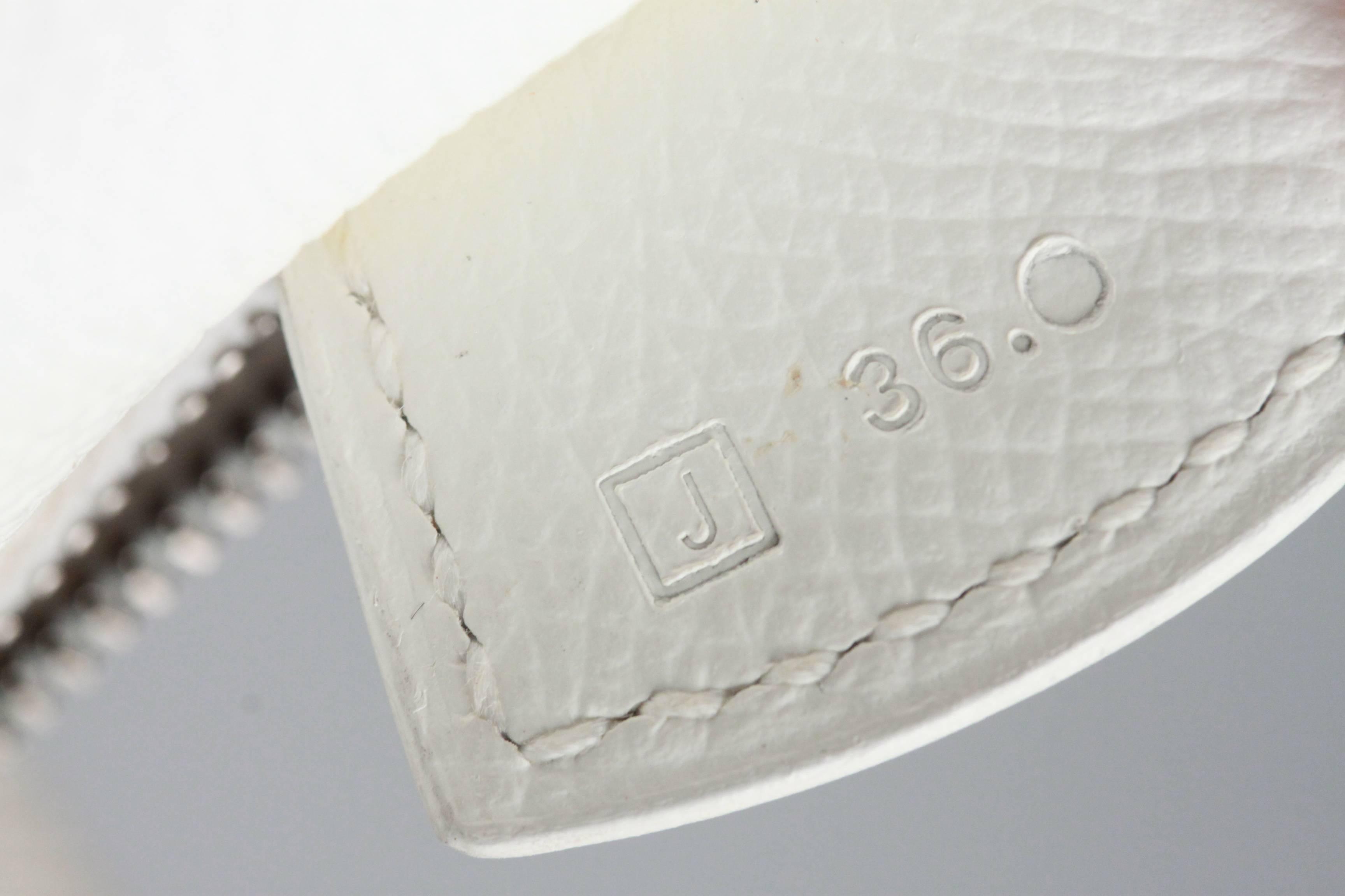 334ad5644bc3 ... sweden hermes paris white leather paris bombay bag 28 cm for sale at  1stdibs 78db3 72bcd