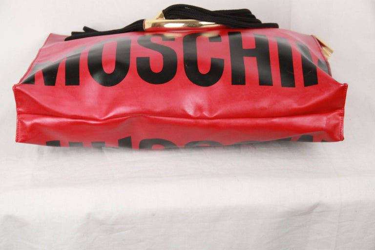 MOSCHINO Vintage Red Vinyl Canvas LOGO TOTE For Sale 4
