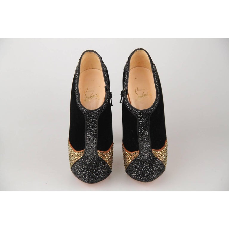 CHRISTIAN LOUBOUTIN Black Velvet Laelia Strass 140 Ankle Boots Size 36 In Good Condition For Sale In Rome, Rome