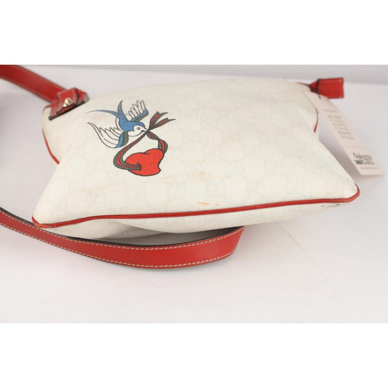 72ab394f2272 Gucci White Monogram Canvas Heart Bird Tattoo Messenger Bag For Sale ...