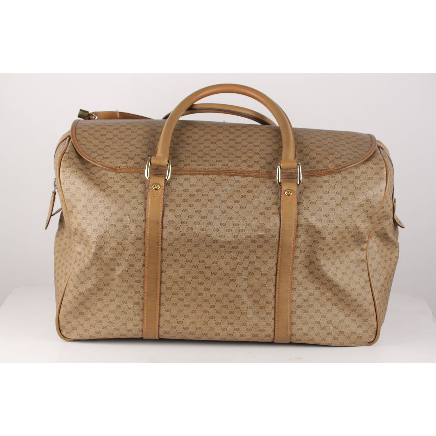 13fcdcce657 Gucci Vintage Tan GG Monogram Canvas Travel Bag Weekender For Sale at  1stdibs